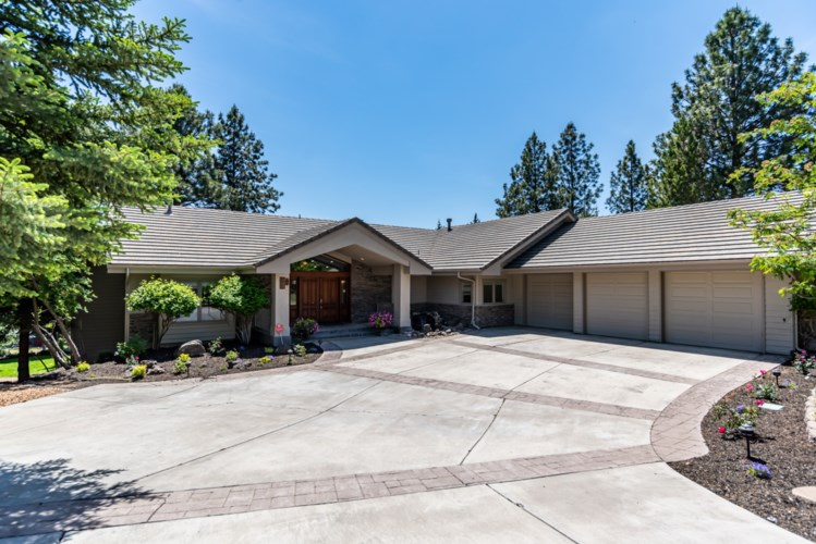 187 NW Scenic Heights Drive, Bend, OR 97703