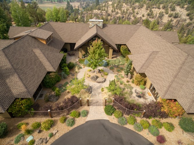 20450 Arrowhead Drive, Bend, OR 97703