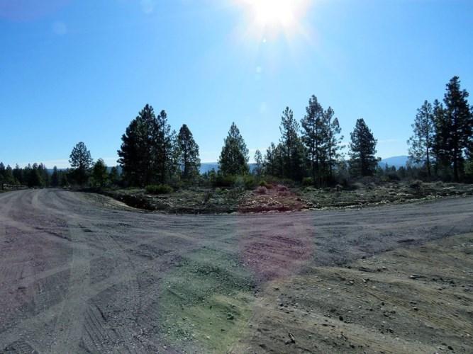 802 Highway 62, Fort Klamath, OR 97626