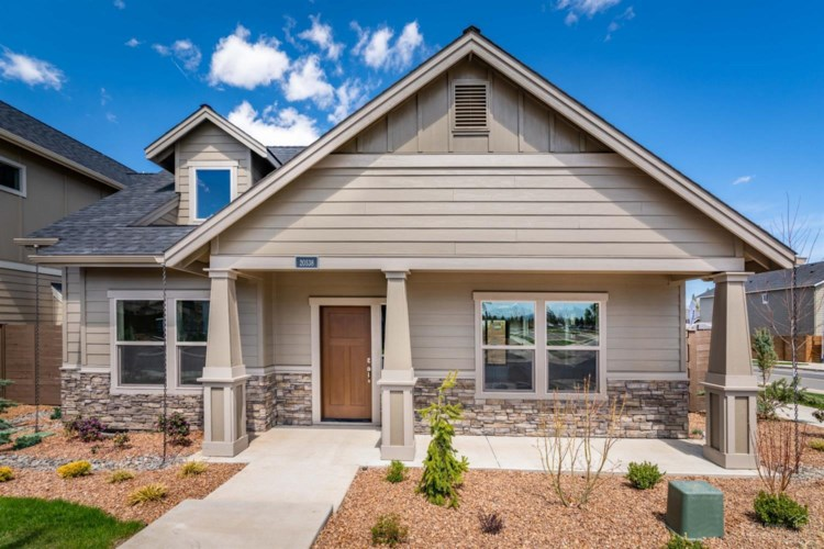 20538 SE Stanford Place, Bend, OR 97702