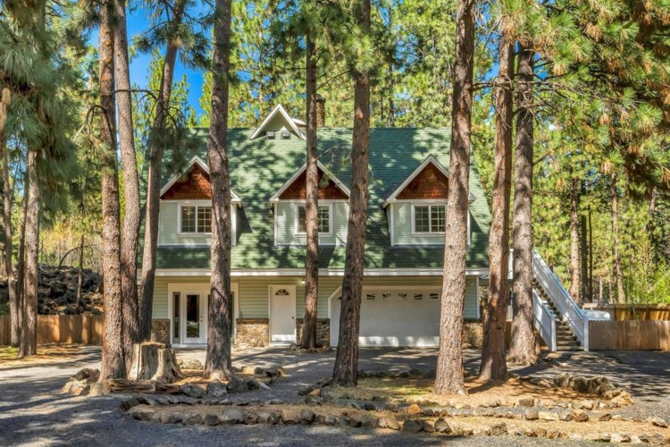 18832 River Woods Drive, Bend, OR 97702