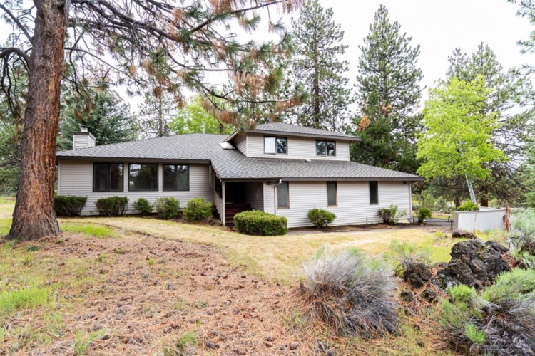 60455 Tall Pine Avenue, Bend, OR 97702