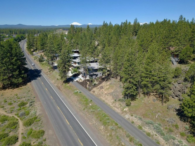 19516 SW Century Drive, Bend, OR 97703