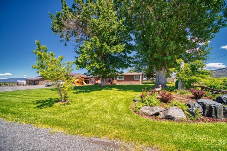 14831 SW Weigand Road, Powell Butte, OR 97753
