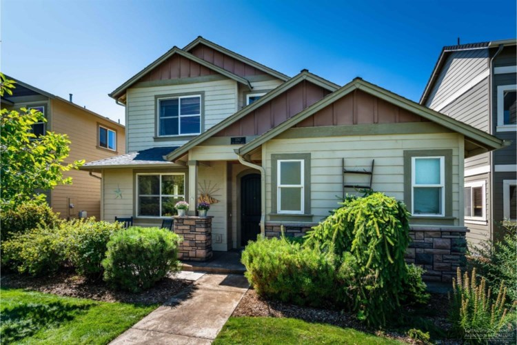 3767 NE Purcell Boulevard, Bend, OR 97701