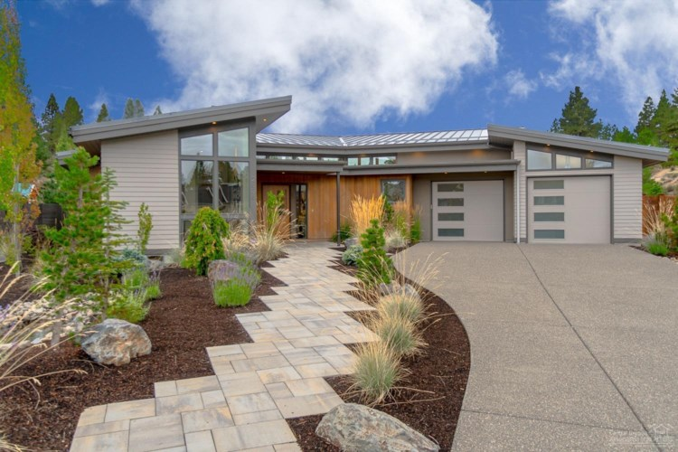 2838 NW Shields Drive, Bend, OR 97703
