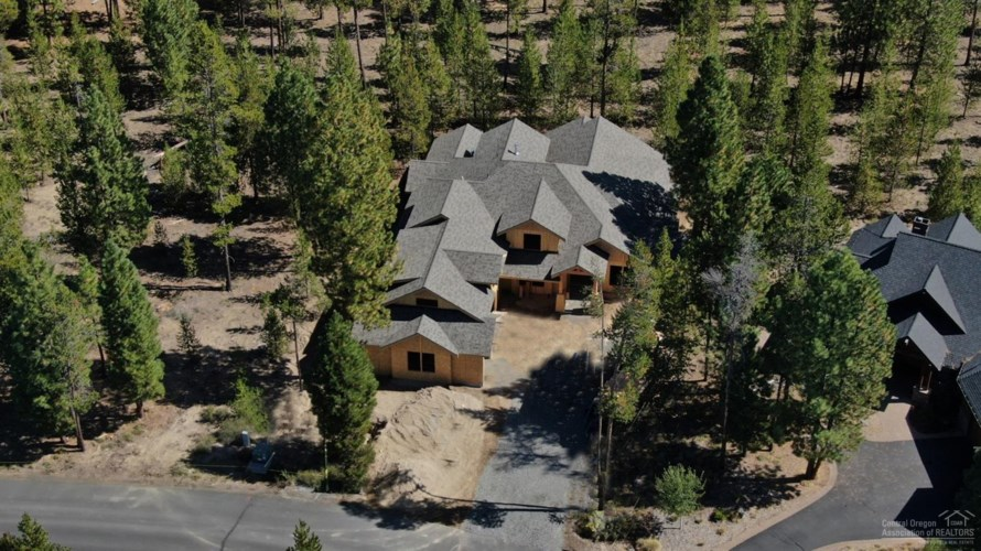 56815 Dancing Rock Loop, Bend, OR 97707