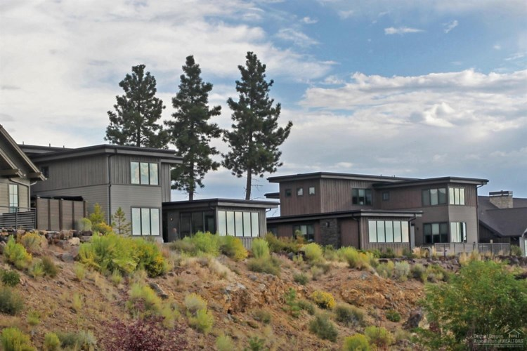 61260 Tetherow Drive, Bend, OR 97702
