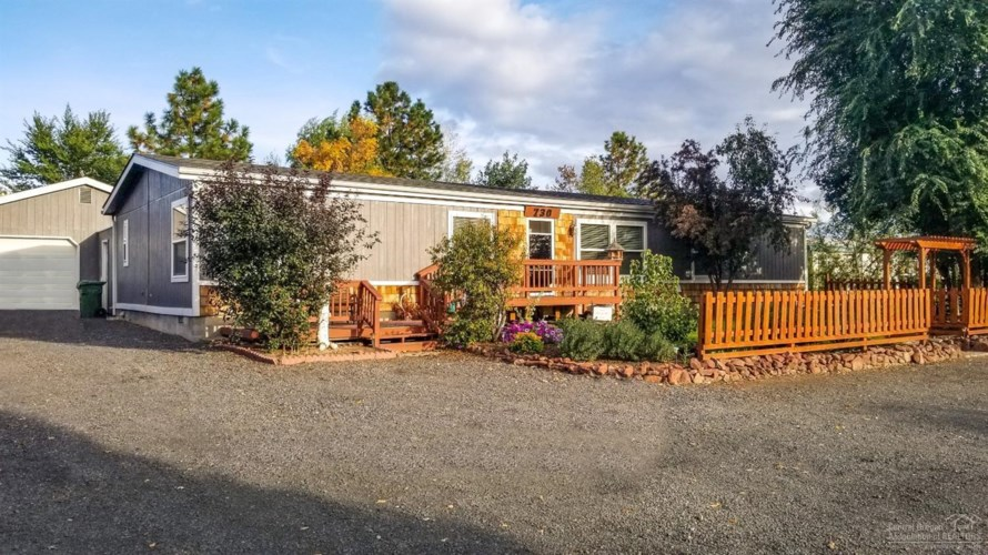 730 Viewpoint Drive, Culver, OR 97734