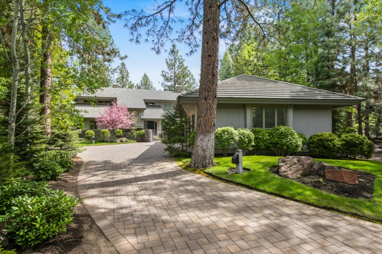 61894 Bunker Hill Court, Bend, OR 97702