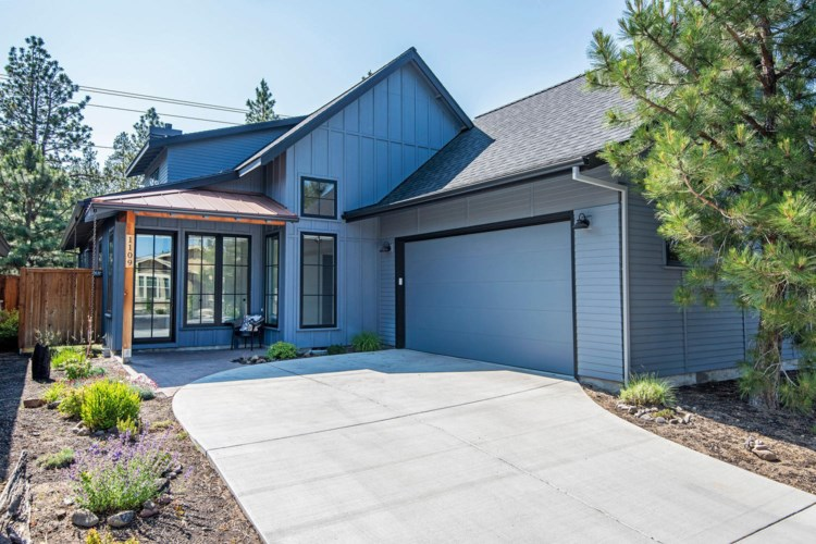 1109 N Forest Edge Drive, Sisters, OR 97759