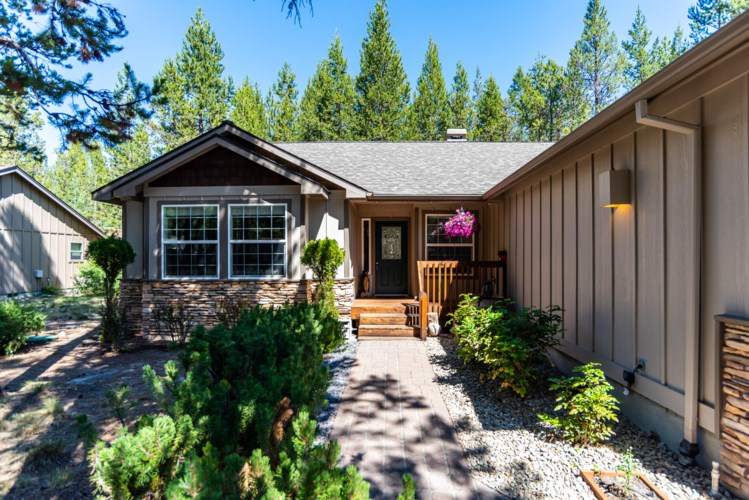 16903 Pony Express Way, Bend, OR 97707