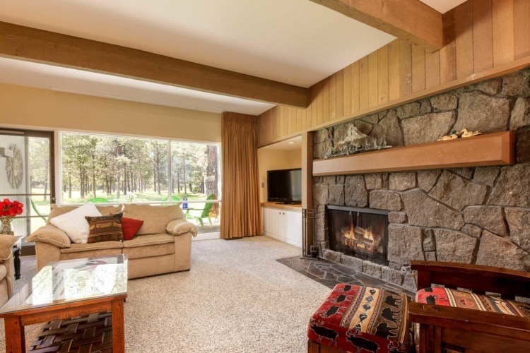 17733 Meadow House Court, Sunriver, OR 97707