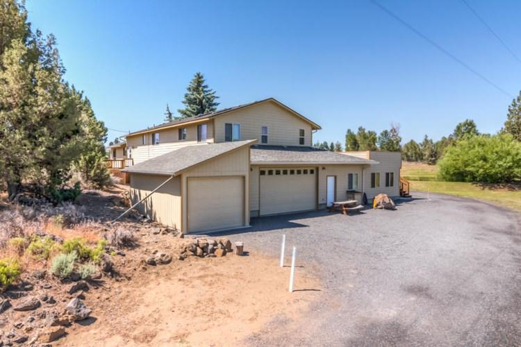 61391 Larsen Road, Bend, OR 97702