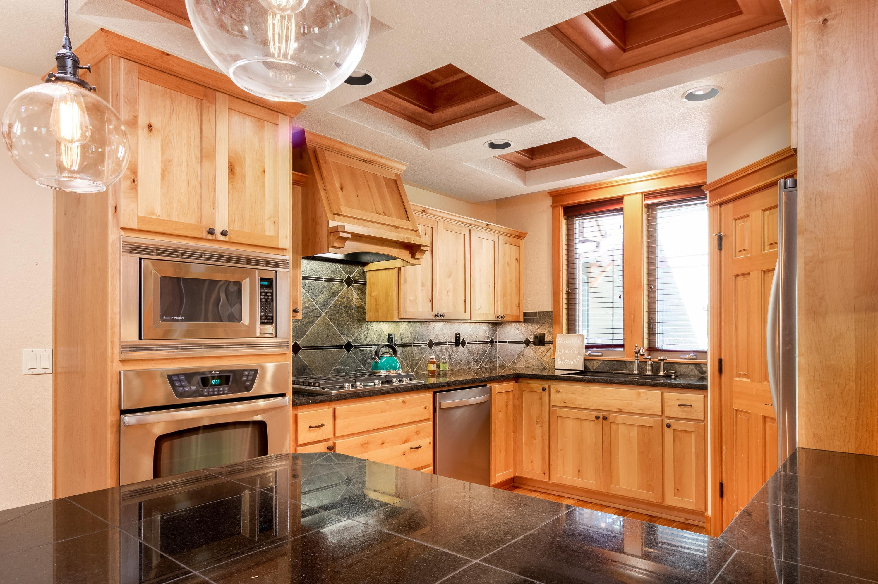 2601 NW Crossing Drive, Bend, OR 97703