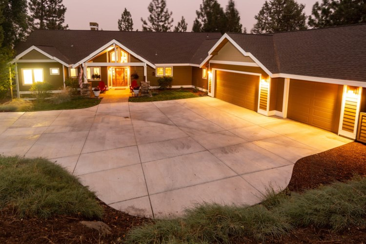 2750 NW Lucus Court, Bend, OR 97703