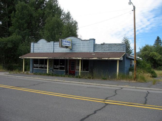 52626 HIGHWAY 62, Fort Klamath, OR 97626