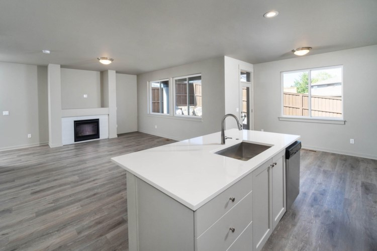 2375 NE Victor Place, Bend, OR 97701