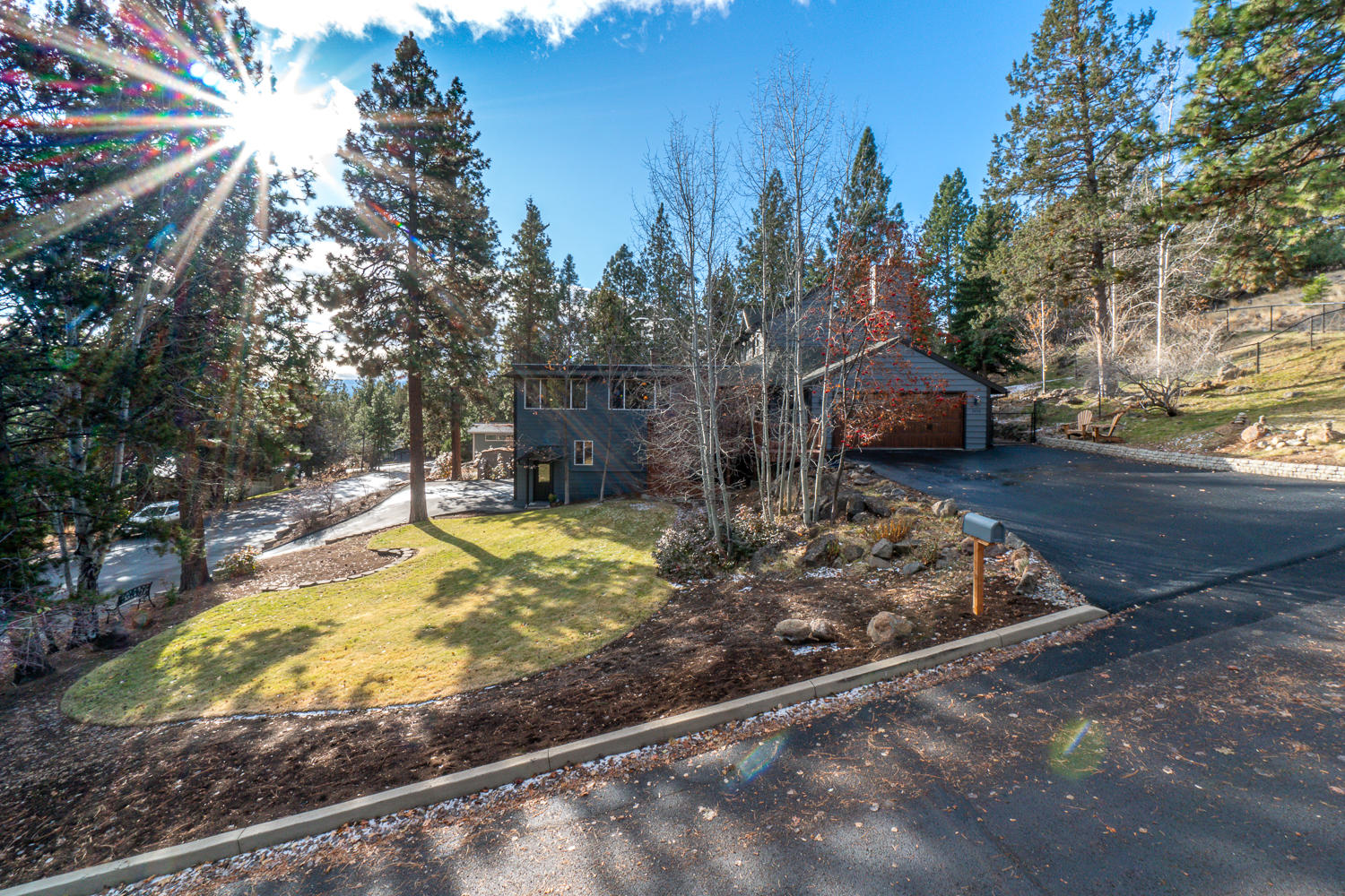 2254 NW West Hills Avenue, Bend, OR 97703