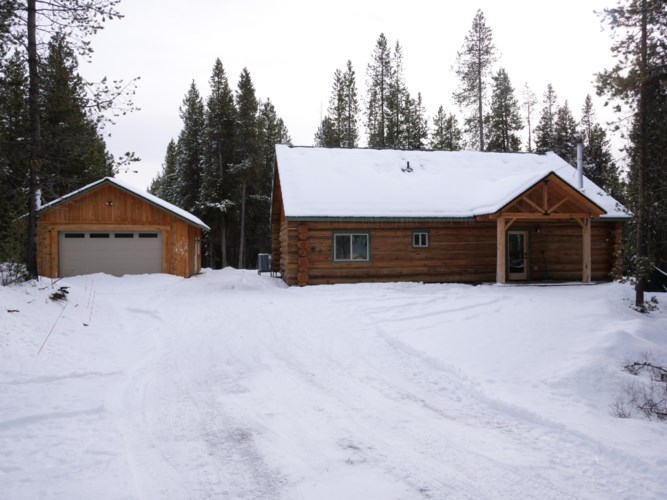 141907 Blue Sky Way, Crescent Lake, OR 97733