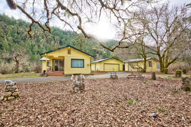 11345 Redwood Highway, Wilderville, OR 97543