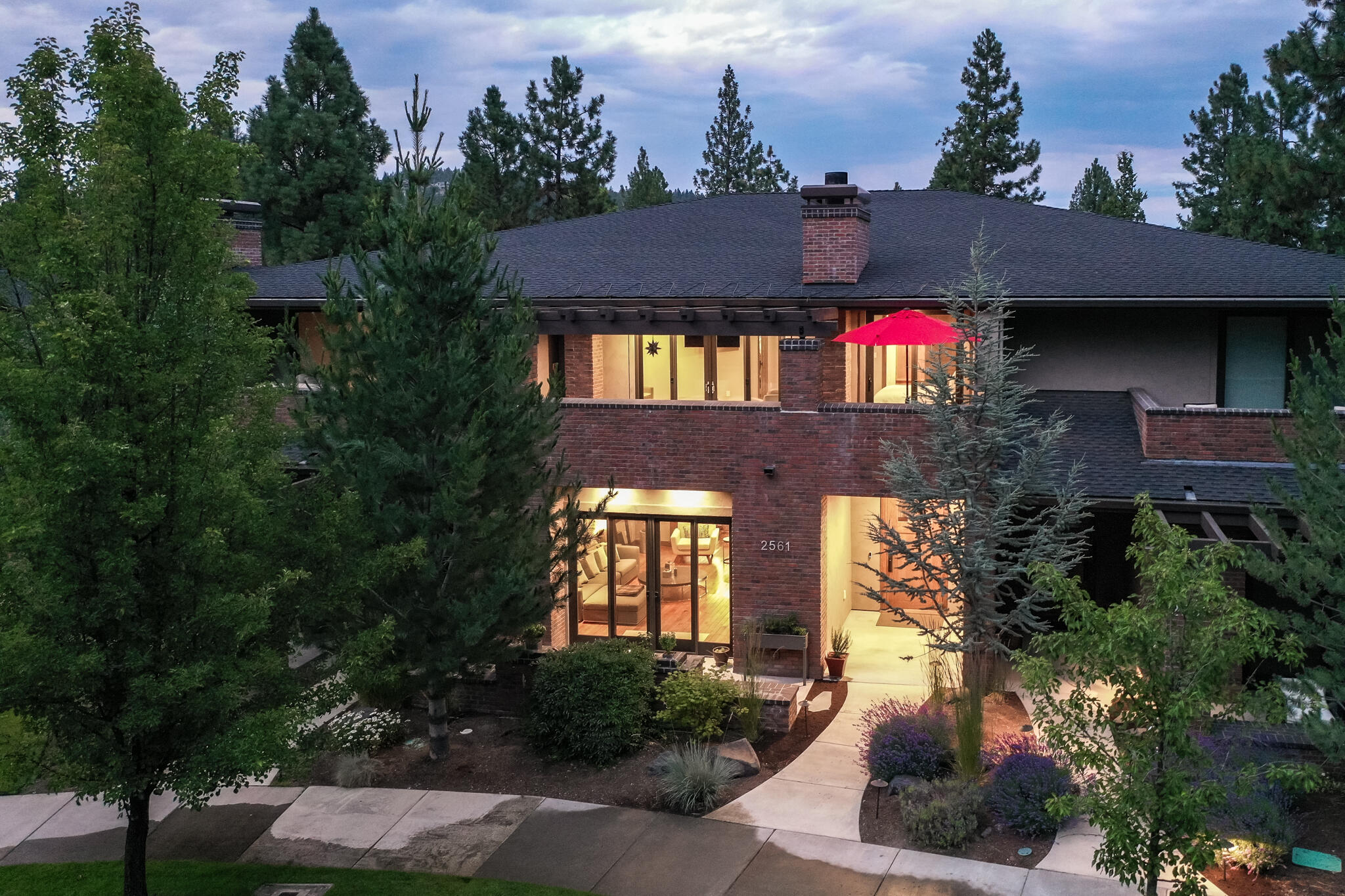 2561 NW Crossing Drive, Bend, OR 97703
