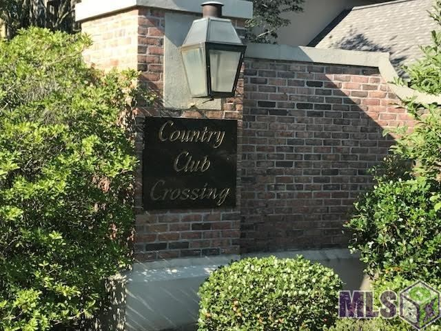 17821 CROSSING VIEW CT, Baton Rouge, LA 70810