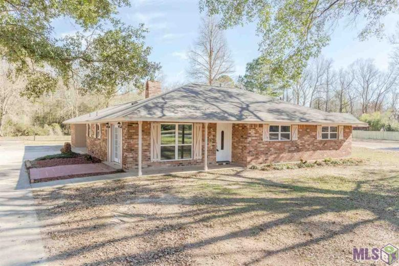 8424 SHADY BLUFF DR, Baton Rouge, LA 70818