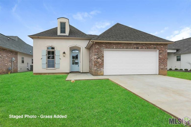 10389 GRAND PLAZA DR, Denham Springs, LA 70726