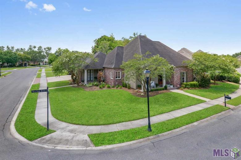 11844 VILLA CREEK, Baton Rouge, LA 70810
