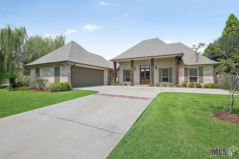 6323 ROYAL LAKE ESTATES AVE, Gonzales, LA 70737
