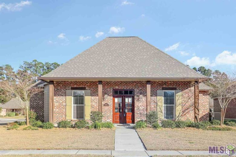 4897 ALICE LOUISE DR, Greenwell Springs, LA 70739