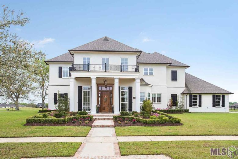 2526 N TURNBERRY AVE, Zachary, LA 70791