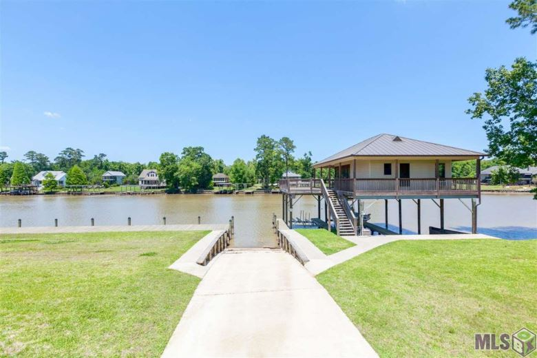 17162 SUMMERFIELD SOUTH RD, Prairieville, LA 70769