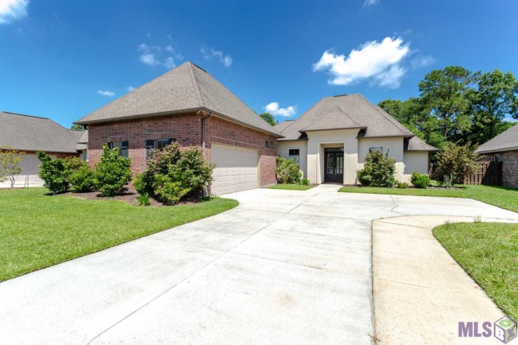 24975 PLANTATION LAKE AVE, Denham Springs, LA 70726