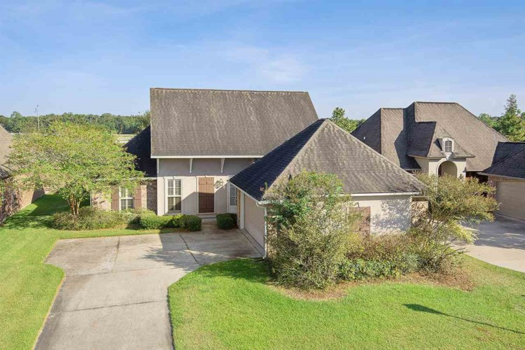 10734 HILLBROOK AVE, Baton Rouge, LA 70810