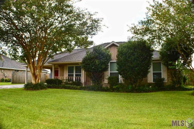 18265 AUTUMN RUN DR, Prairieville, LA 70769