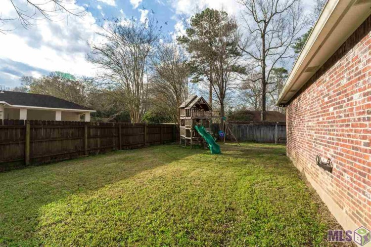 18830 WILDLIFE WAY DR, Baton Rouge, LA 70817