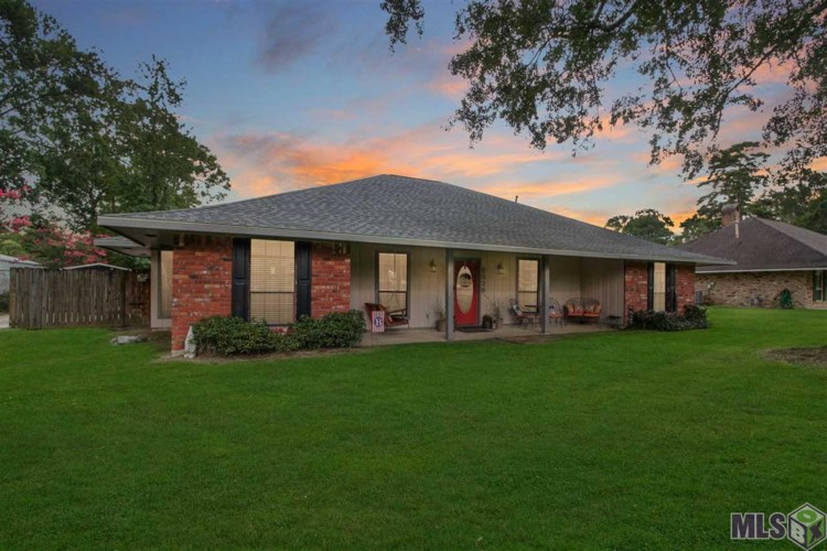 6526 NARCISSUS DR, Greenwell Springs, LA 70739