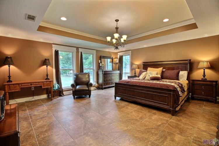 16888 S HARRELLS FERRY RD, Baton Rouge, LA 70816