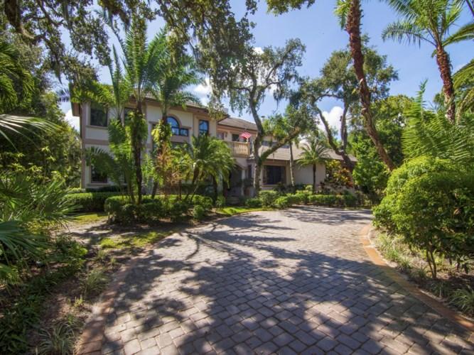 111 Shores Drive, Vero Beach, FL 32963