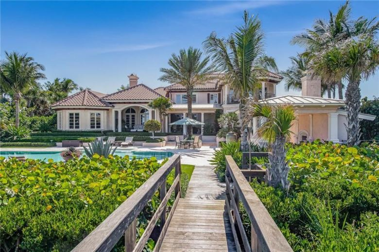 390 N Blue Wave Lane, Vero Beach, FL 32963