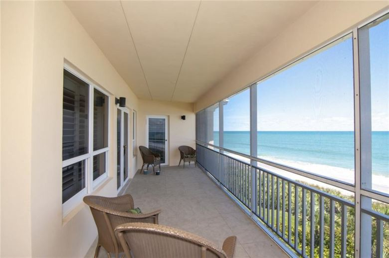 8810 S Sea Oaks Way  #406, Vero Beach, FL 32963