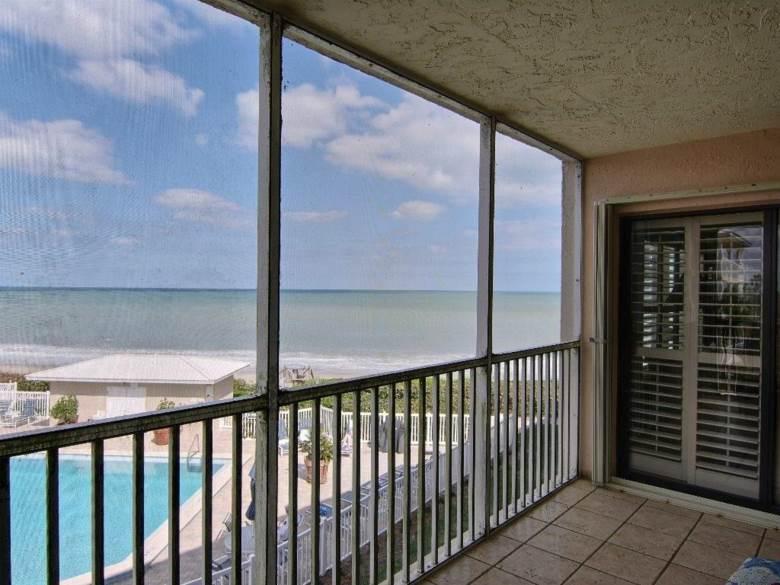 8830 S Sea Oaks Way  #202, Vero Beach, FL 32963