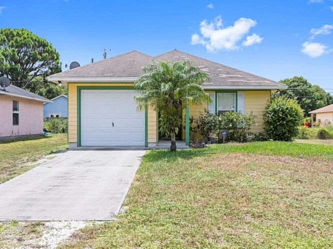 1655 19th Avenue SW, Vero Beach, FL 32962