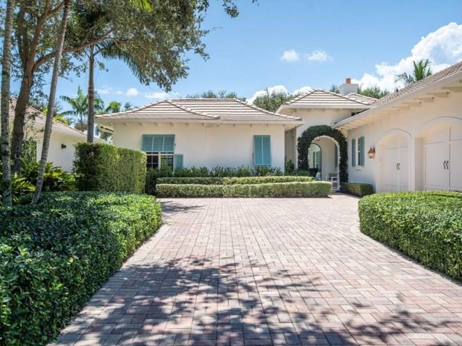 401 S Palm Island Circle, Vero Beach, FL 32963