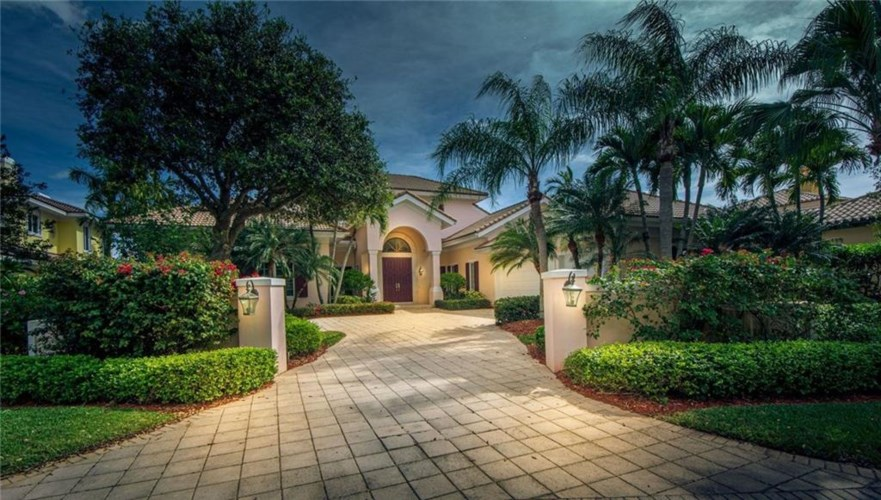 5190 Saint Andrews Island Drive, Vero Beach, FL 32967