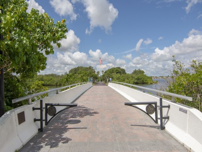 950 Surfsedge Way  #303, Indian River Shores, FL 32963