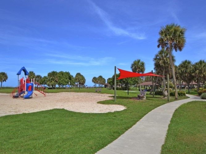 950 Surfsedge Way  #306, Indian River Shores, FL 32963