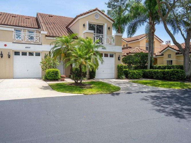 4866 N Newport Island Drive  #19D, Vero Beach, FL 32967
